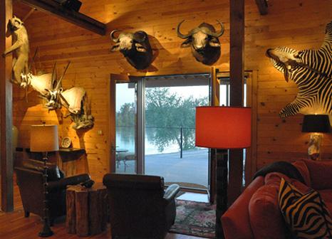 Lumen design for Trophy room design